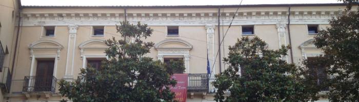 fig. a - Palazzo Del Trono - facciata