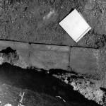 fig. 27 I laterizi di una tomba di Serra (anni '70)
